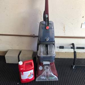 Lot # 25-Hoover shampoo carpet cleaner with bottle of concentrate