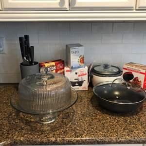 Lot # 47- Small Kitchen Appliances! Including Gordon Ramsay Knives!
