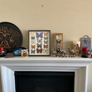 Lot # 16-Wall and Table Decor