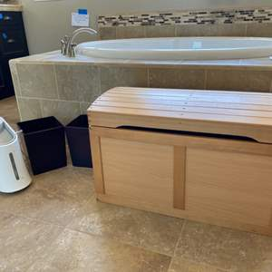Lot # 101- Wood chest, 2 wastebaskets and humidifier