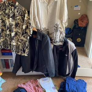 Lot # 117- Men's Clothes XL - Hawaiian shirts & tee-shirts, scrubs and 2 jackets- one leather