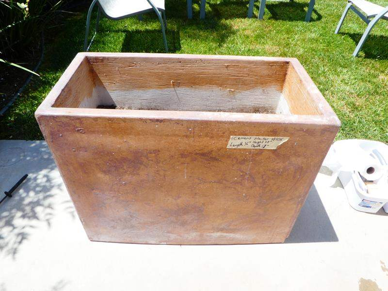 Lot # 106 Cement Planter- VERY HEAVY (main image)
