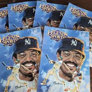 1993 Reggie Jackson Legends Sports Magazine w/ Uncut Sheet