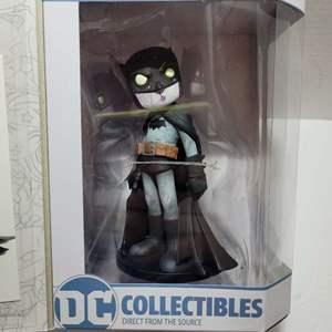 DC Batman Artist Alley Zombie Variant Limited Edition Figure NIB