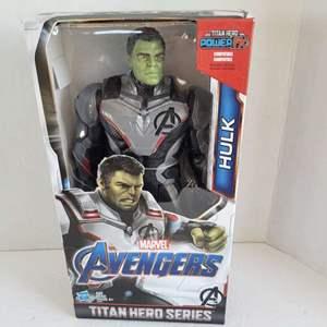 Marvel Avengers Hulk Titan Hero Series NIB