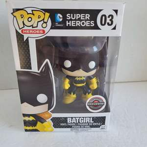 DC Funko Pop Batgirl #03 NIB
