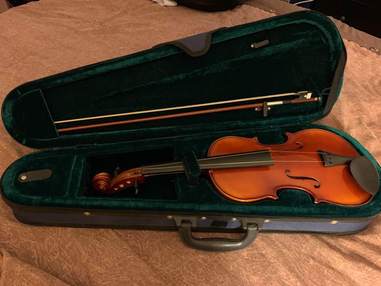 Bontempi Classic Violin with Bow & Case - Needs Repair (main image)