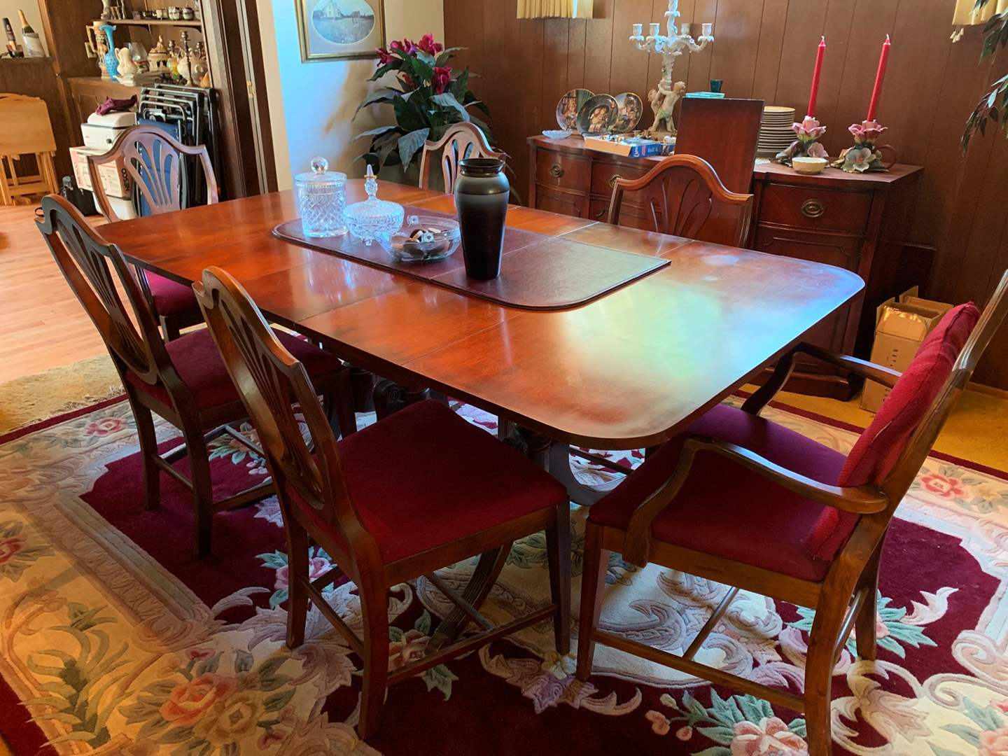 Dining Table with 6 Chairs (main image)