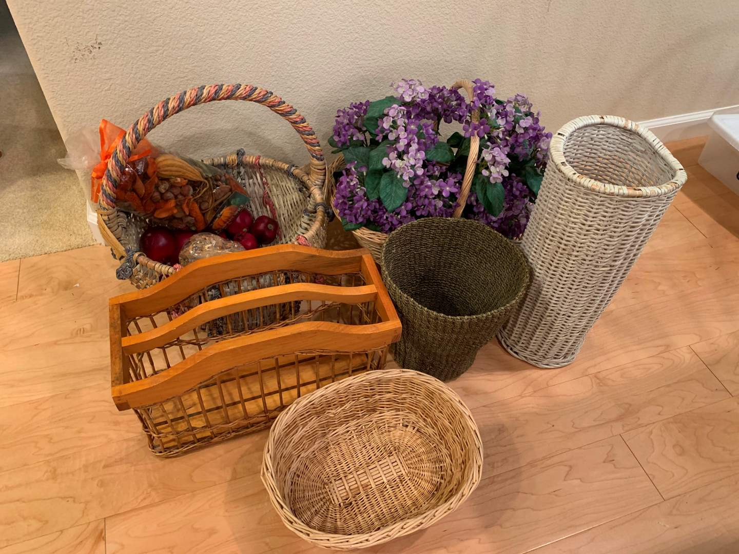 Basket Lot (main image)