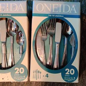 Lot # 31 two boxes of 20 piece sets of Oneida Alberta pattern stainless flatware