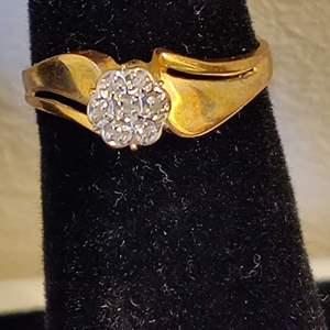 Lot # 36 size 6.25 10 karat gold lady's ring 1.8 grams