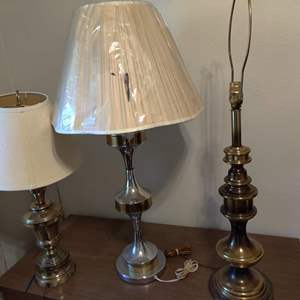 Lot # 102 lot of 3 lamps