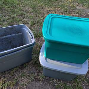 Lot # 117 lot of 4 Bins to have lids
