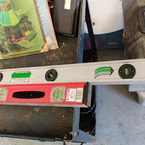 Lot # 256 two levels 24 inch and a 4 foot