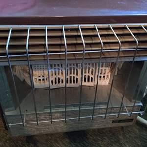 Lot # 386 Martin gas heater
