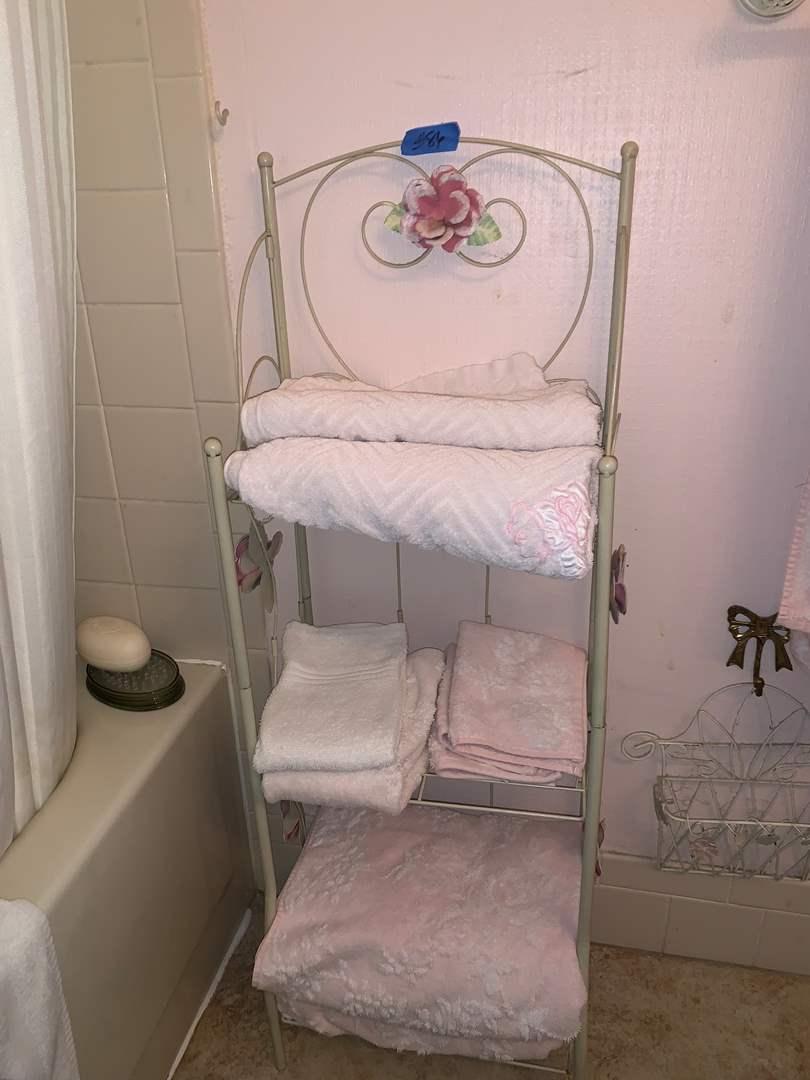 Lot # 86 Metal Towel Rack