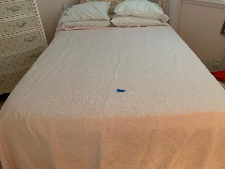 Lot # 176 Matlasse blanket bed spread pale Pink.