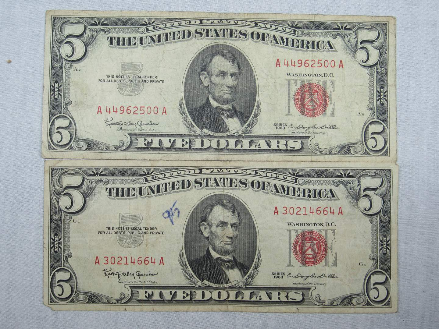 Lot # 134  2 Five Dollar RED Seal notes (main image)