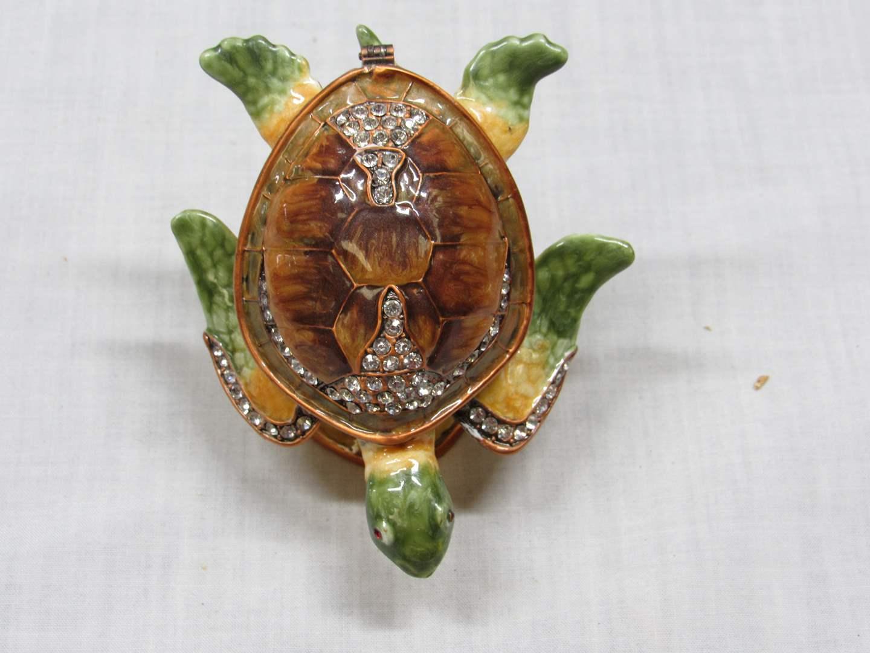 Lot # 17  Great Sea Turtle trinket box (main image)