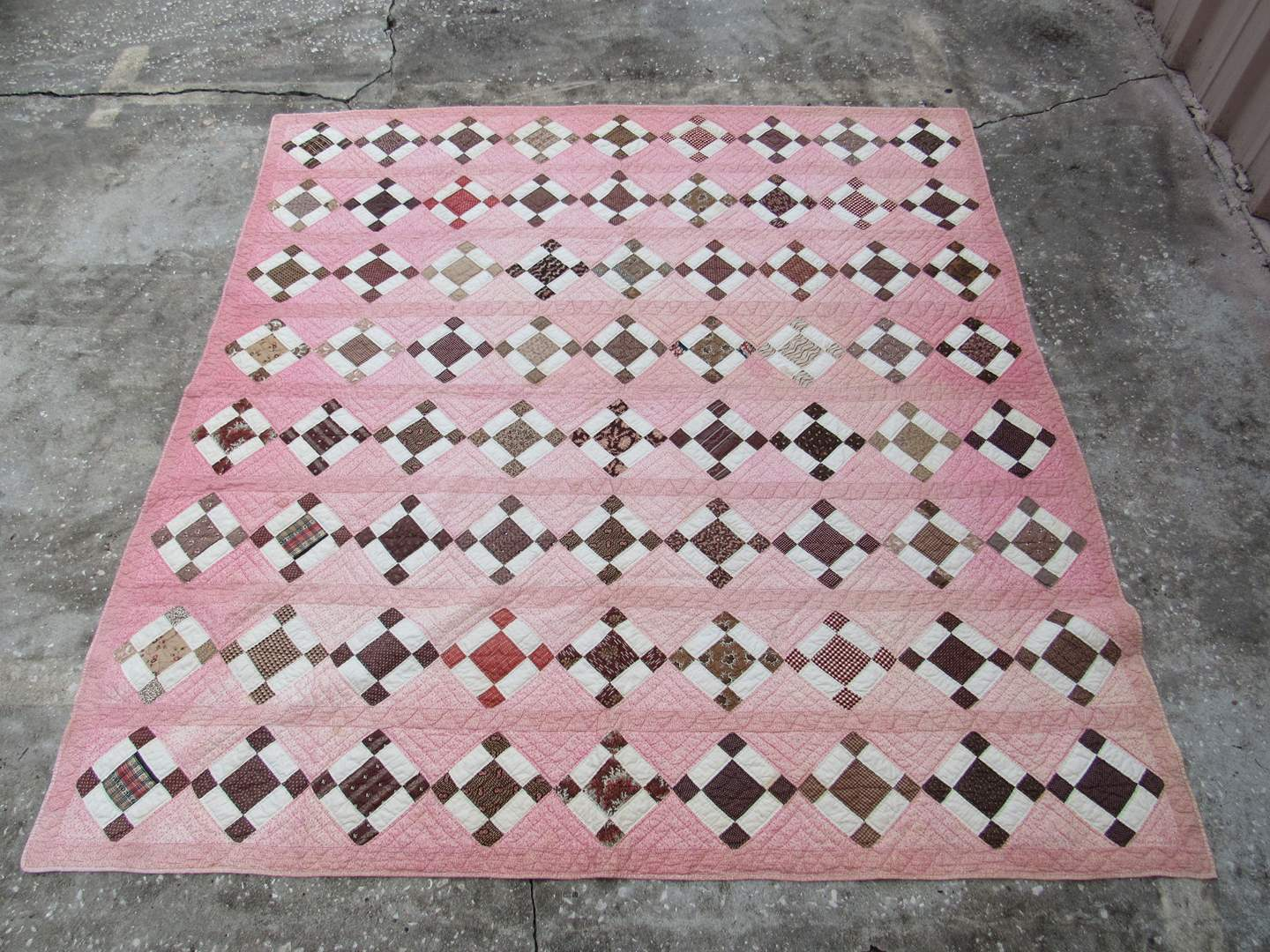 Lot # 20  Vintage Hand made quilt (does show some stains) (main image)