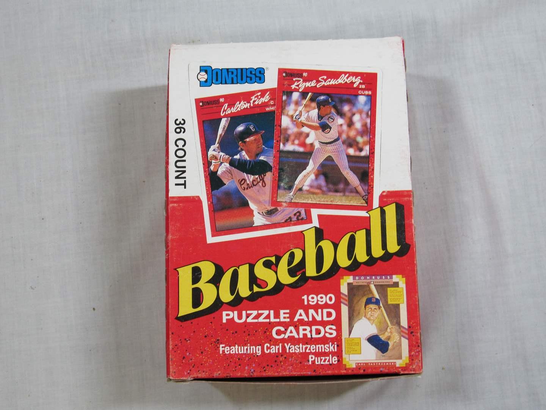 Lot # 82  New 1990 Donruss 36 wax packs of trading cards (main image)