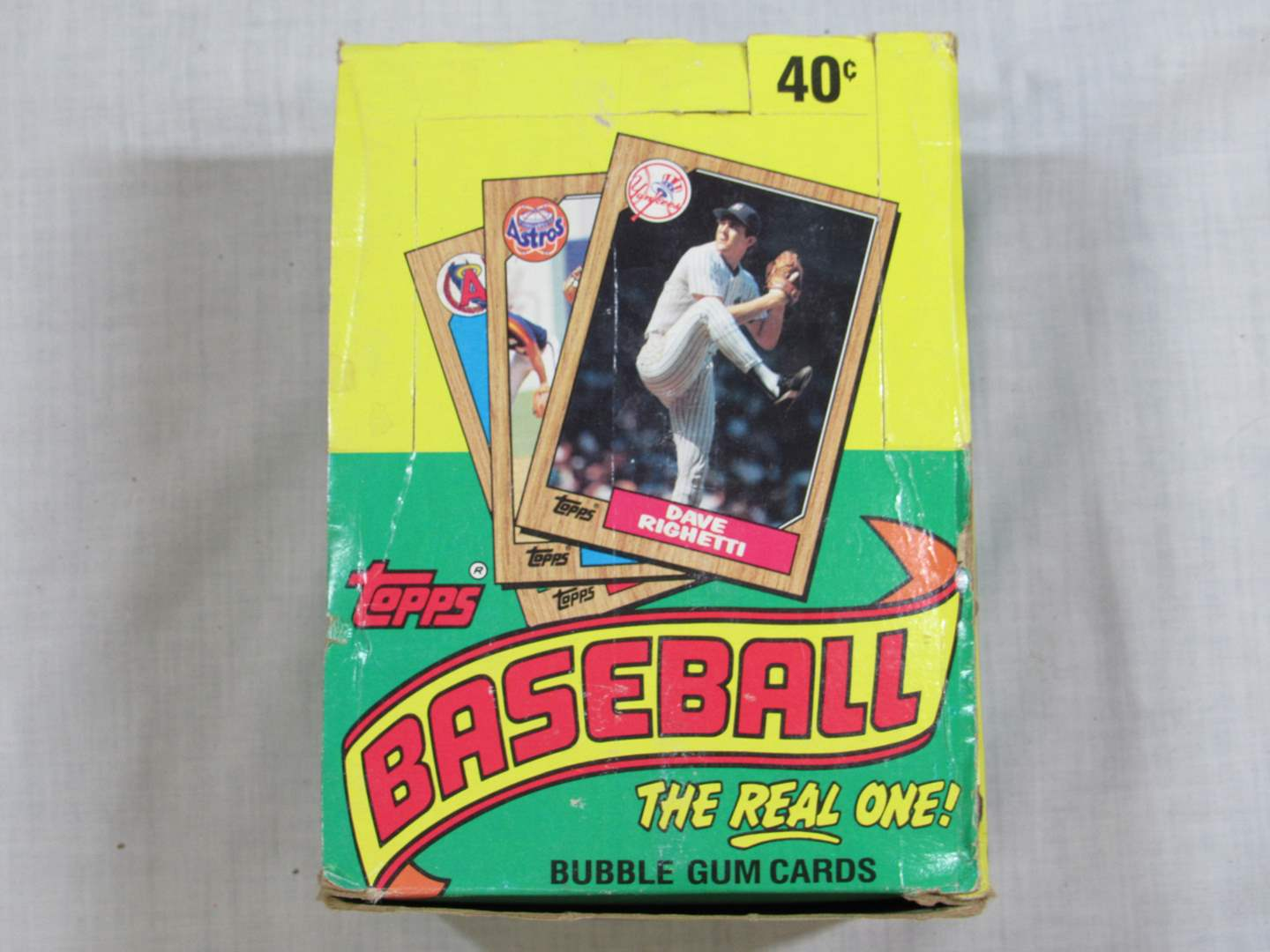 Lot # 83  NEW never opened 1987 Topps Baseball trading cards 36 wax packs (main image)