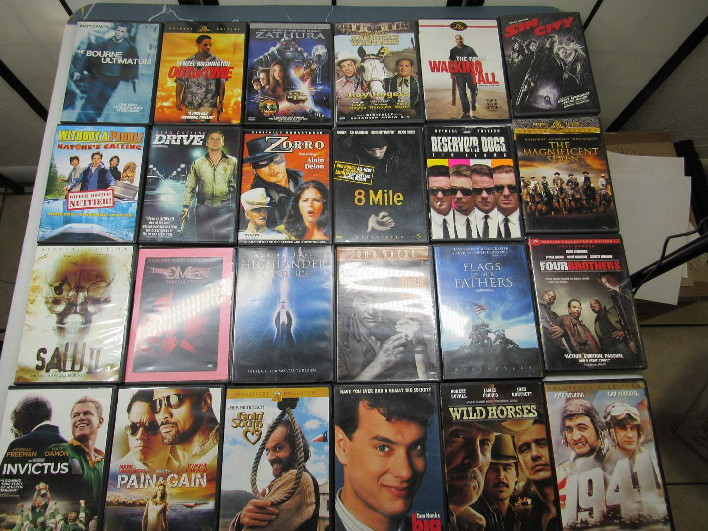Lot # 211  Large lot of DVD's  (main image)