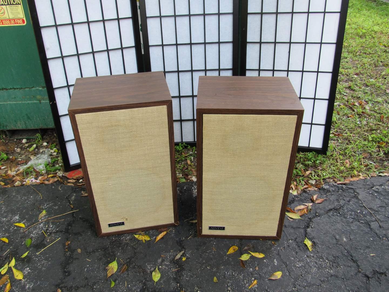 Lot # 57  Great pair vintage Avent shelf speakers (main image)