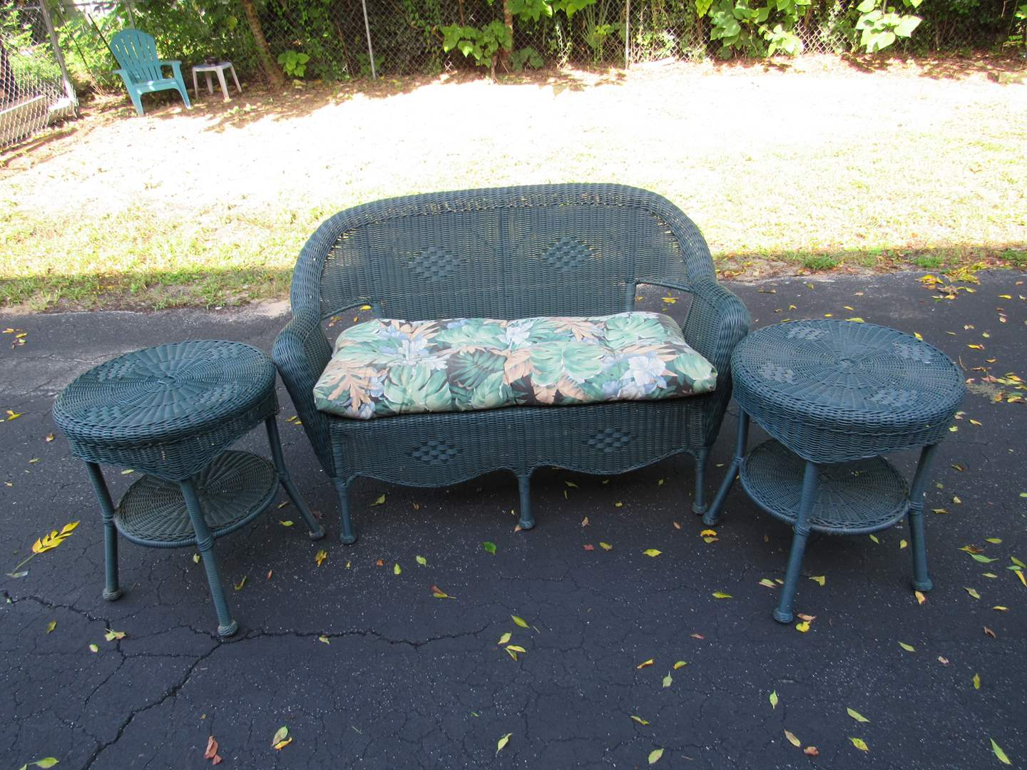 Lot # 69  Fantastic love seat & 2 side tables RESIN wicker w/cushion (HEAVY and perfect condition) NEEDS CLEANING (main image)