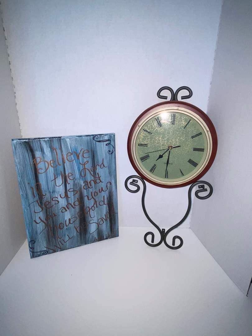 Lot # 26 Wall Clock & Canvas Painting