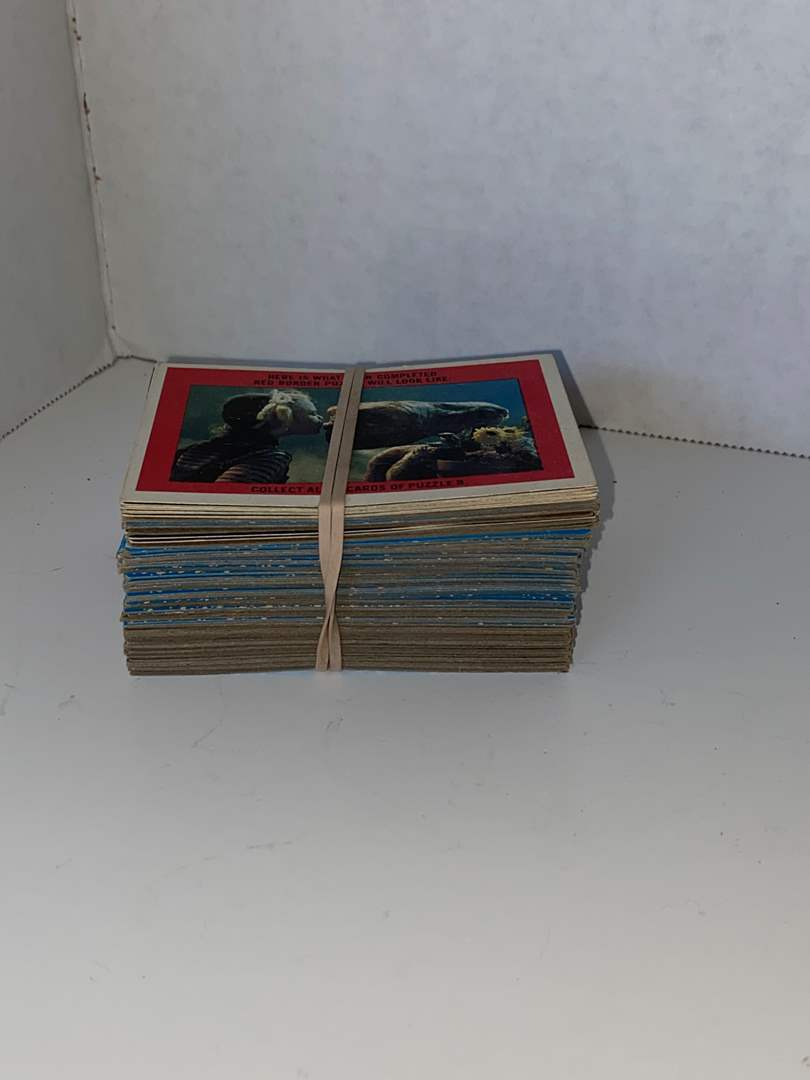 Lot # 32 E.T. Extra-Terrestrial Collector Trading Cards 1982