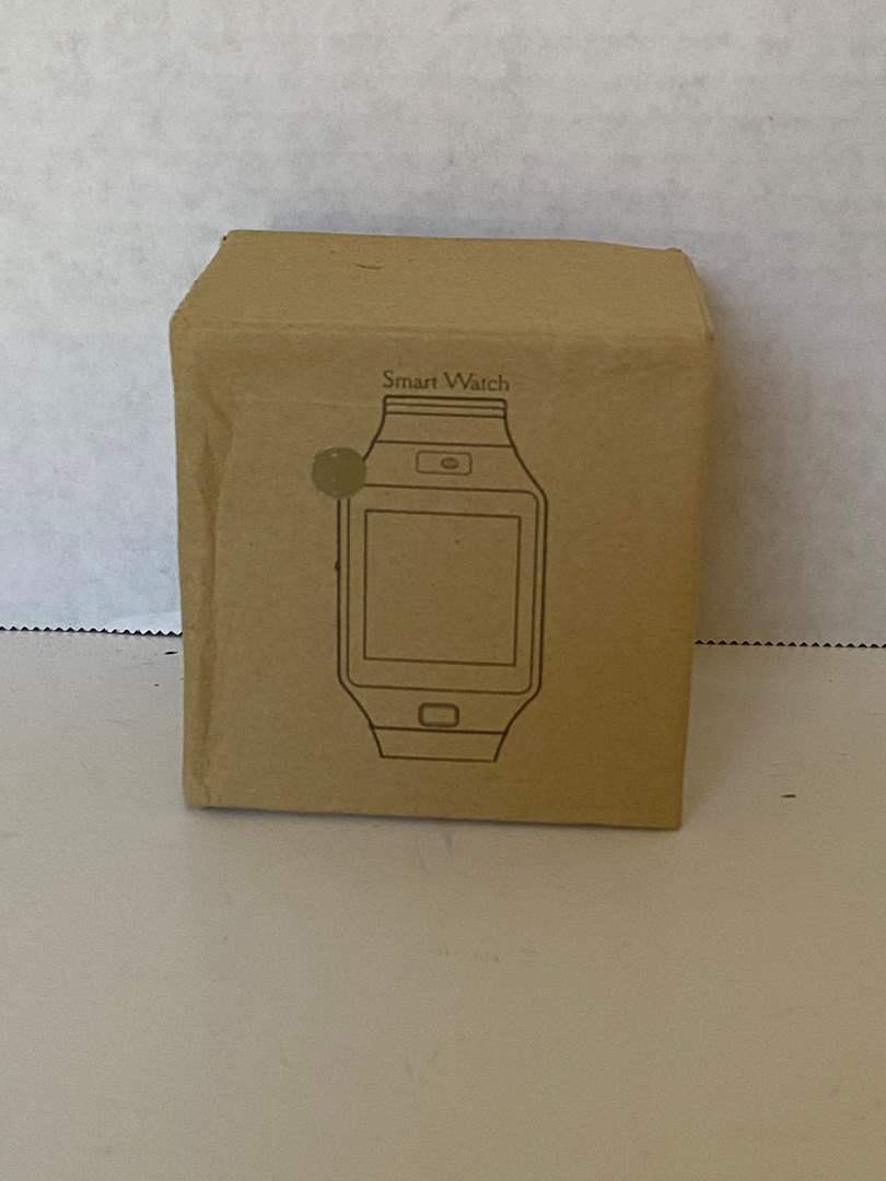 Lot # 39 Smart Watch Phone NIB
