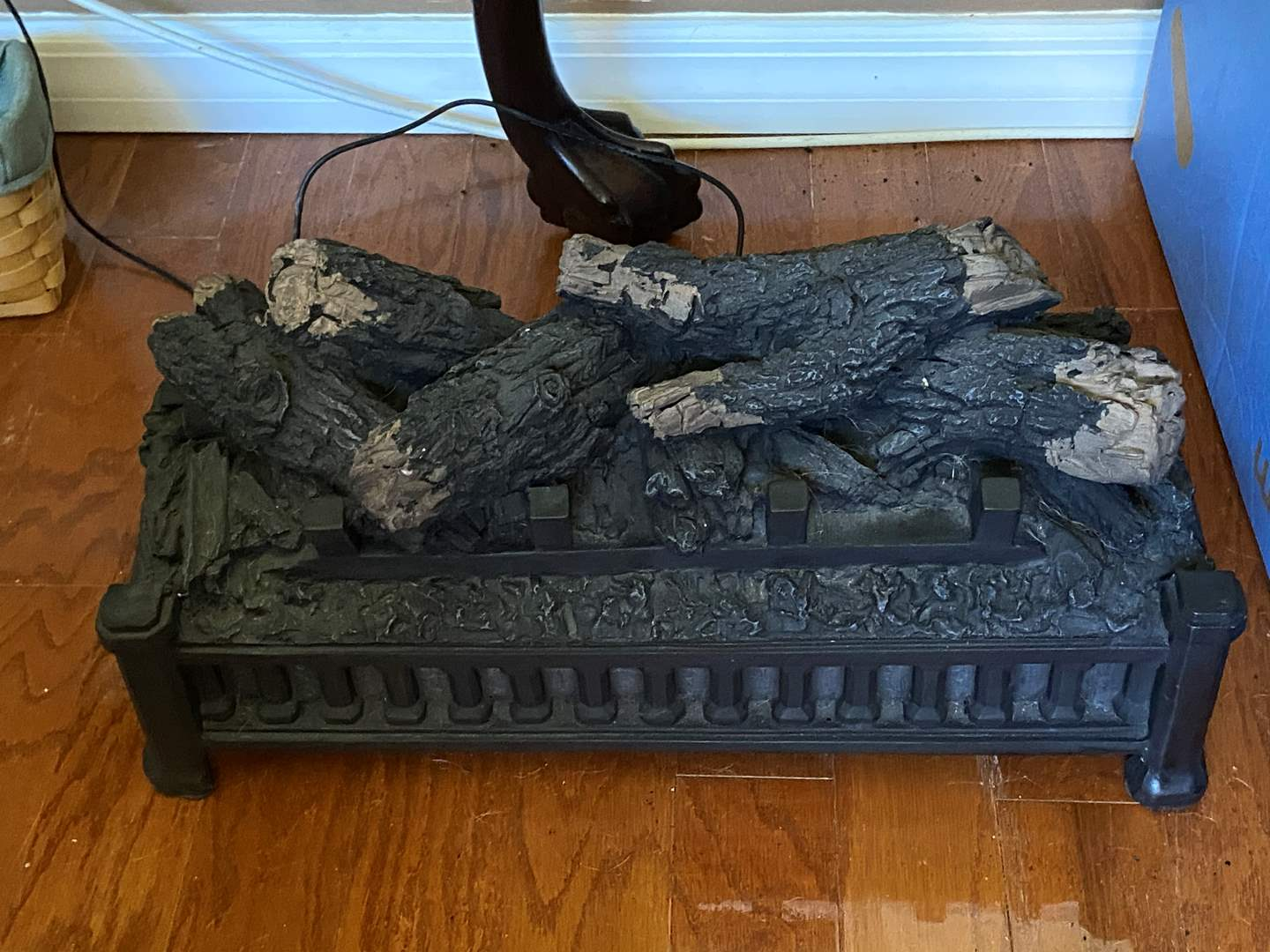 Lot # 49 Electric Faux Fireplace Insert