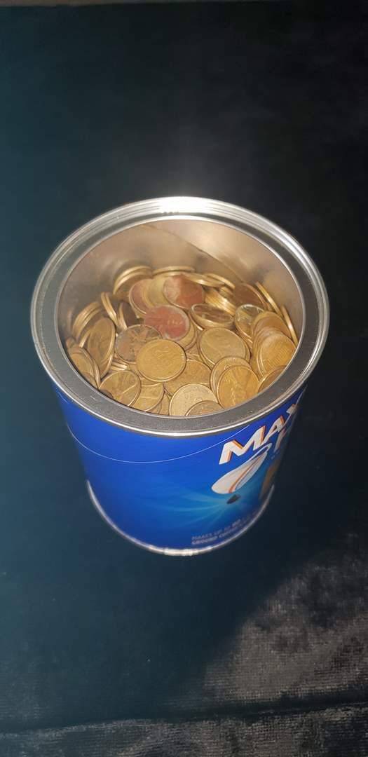 Lot # 50 Coffee container full of wheat pennies - Approx 8lbs