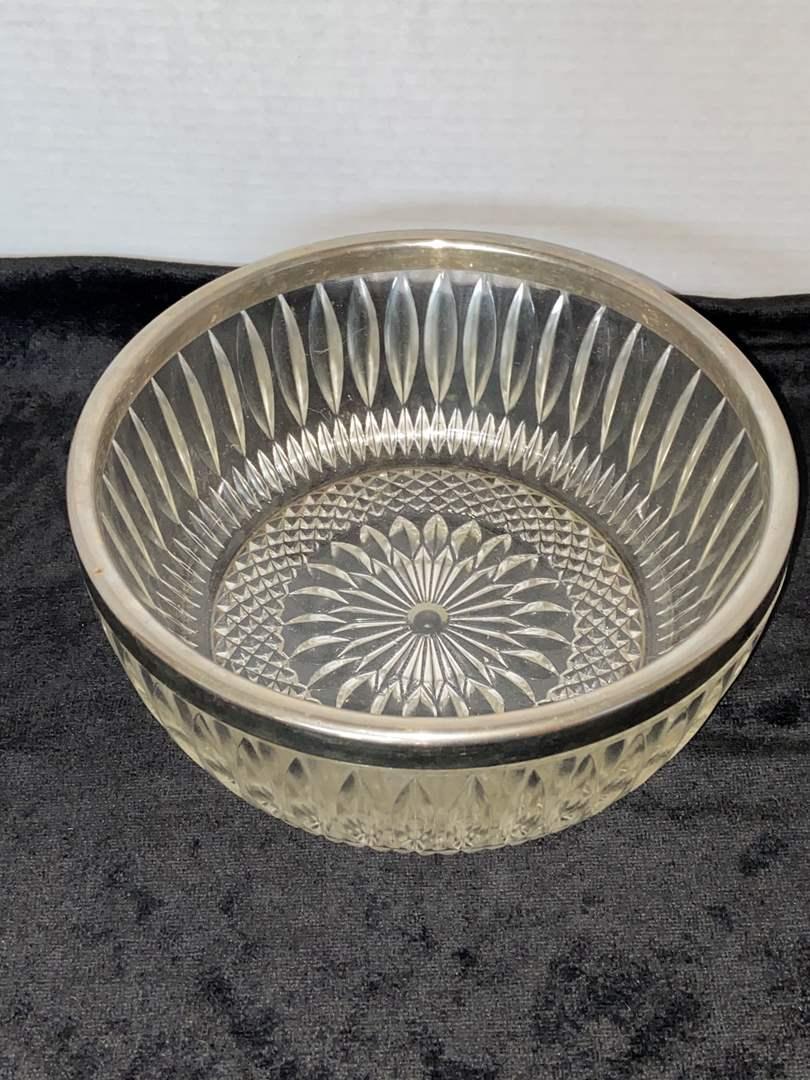 Lot # 115 Large Cut Glass Bowl