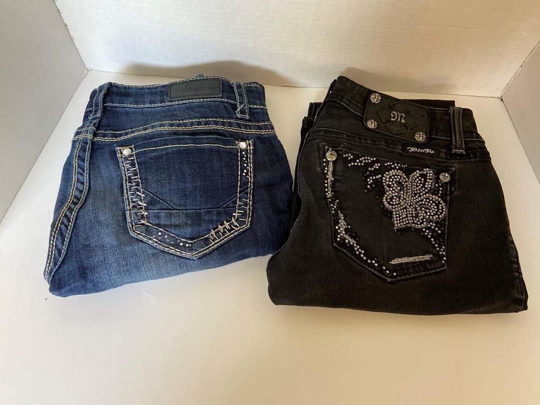 Lot # 146 Miss Me & Daytrip Jeans Sz 27
