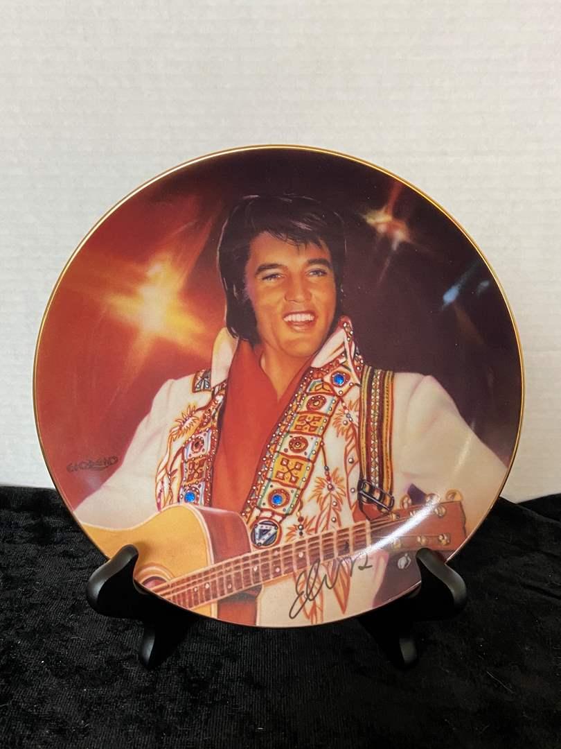 "Lot # 186 1995 Bradford Exchange-Elvis Presley ""The Spirit"" Plate by Nate Giorgio w/ Stand"
