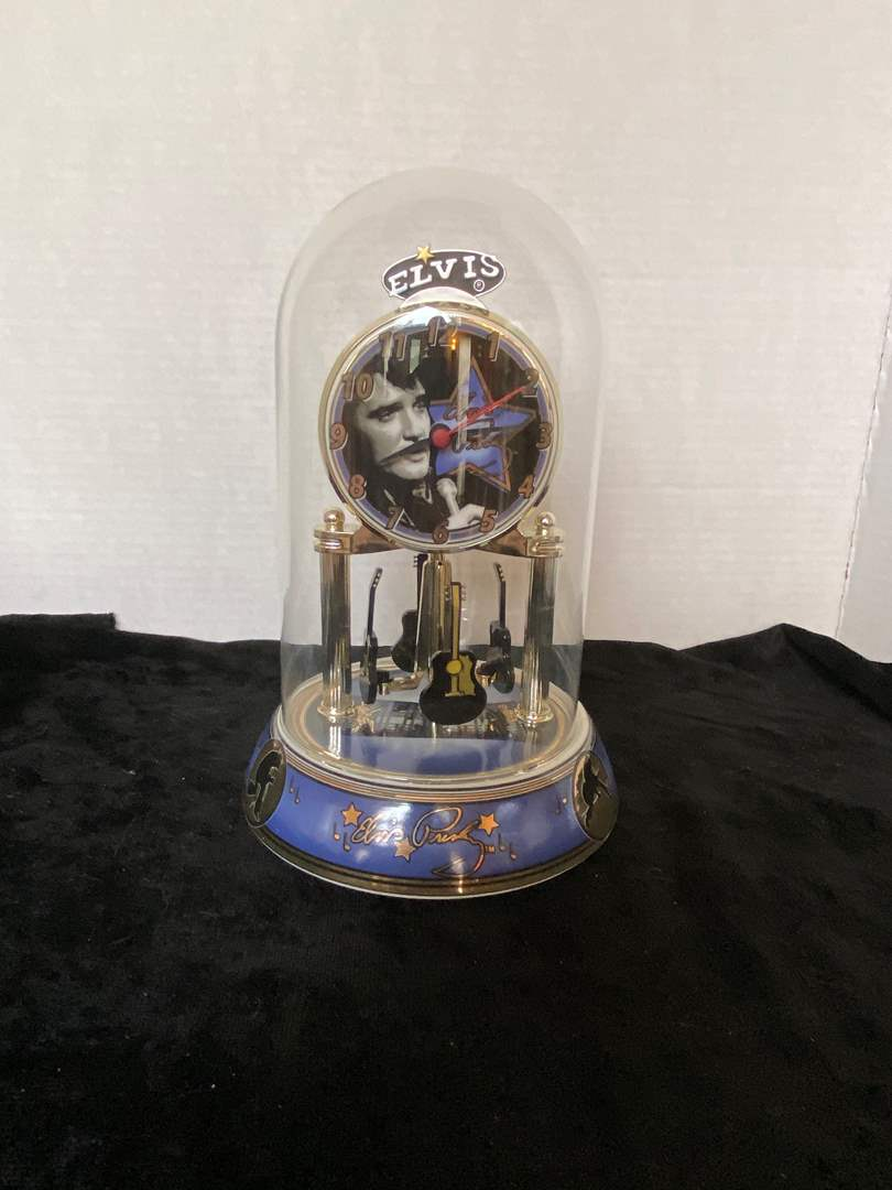 Lot # 187 Elvis Presley Anniversary Clock Rotating Guitar Pendulum Glass Dime