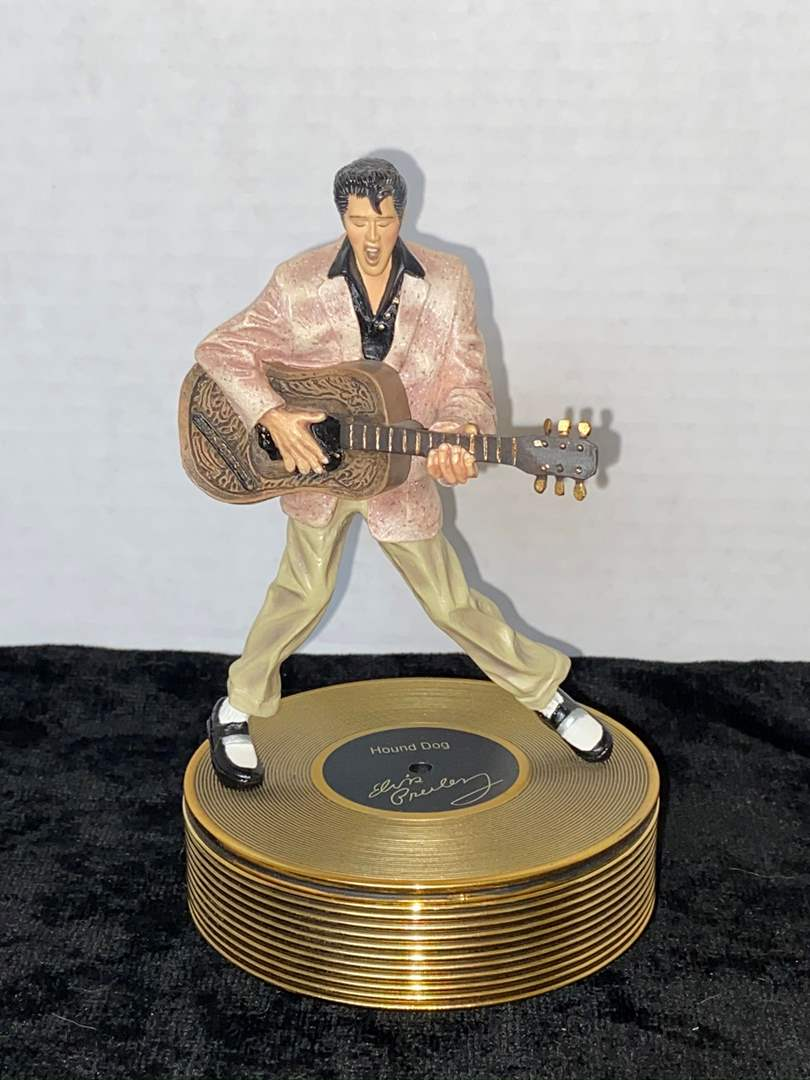 "Lot # 194 Ardleigh Elliot Elvis Presley Louisiana Hayride, ""Hound Dog"" 9"""