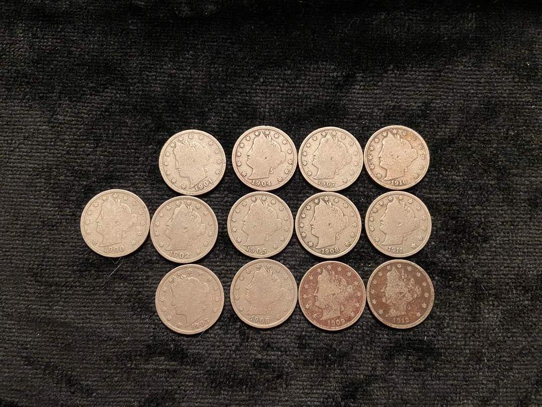 Lot # 218 1900-1912 V Nickels