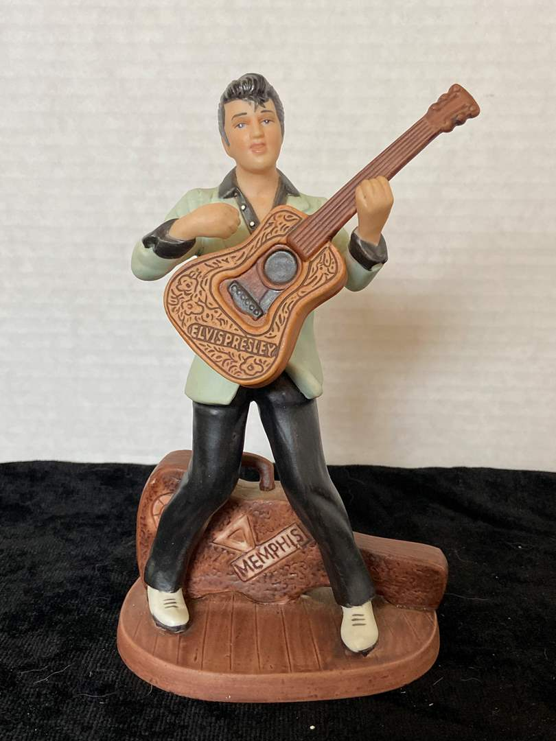 Lot # 252 Vintage Avon 1987 Elvis Presley Porcelain Figurine