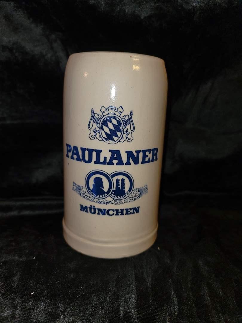 Lot # 276 Paulaner München beer stein