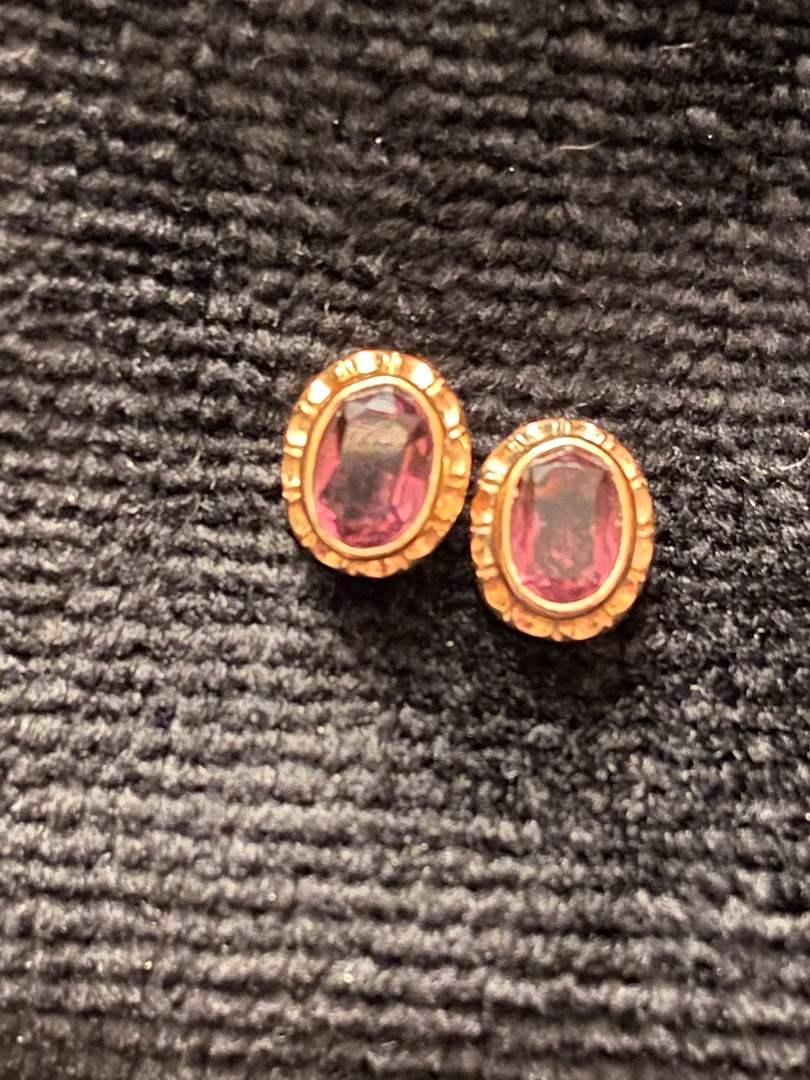 Lot # 291 14K Gold Earrings 1g w/ stones Marked