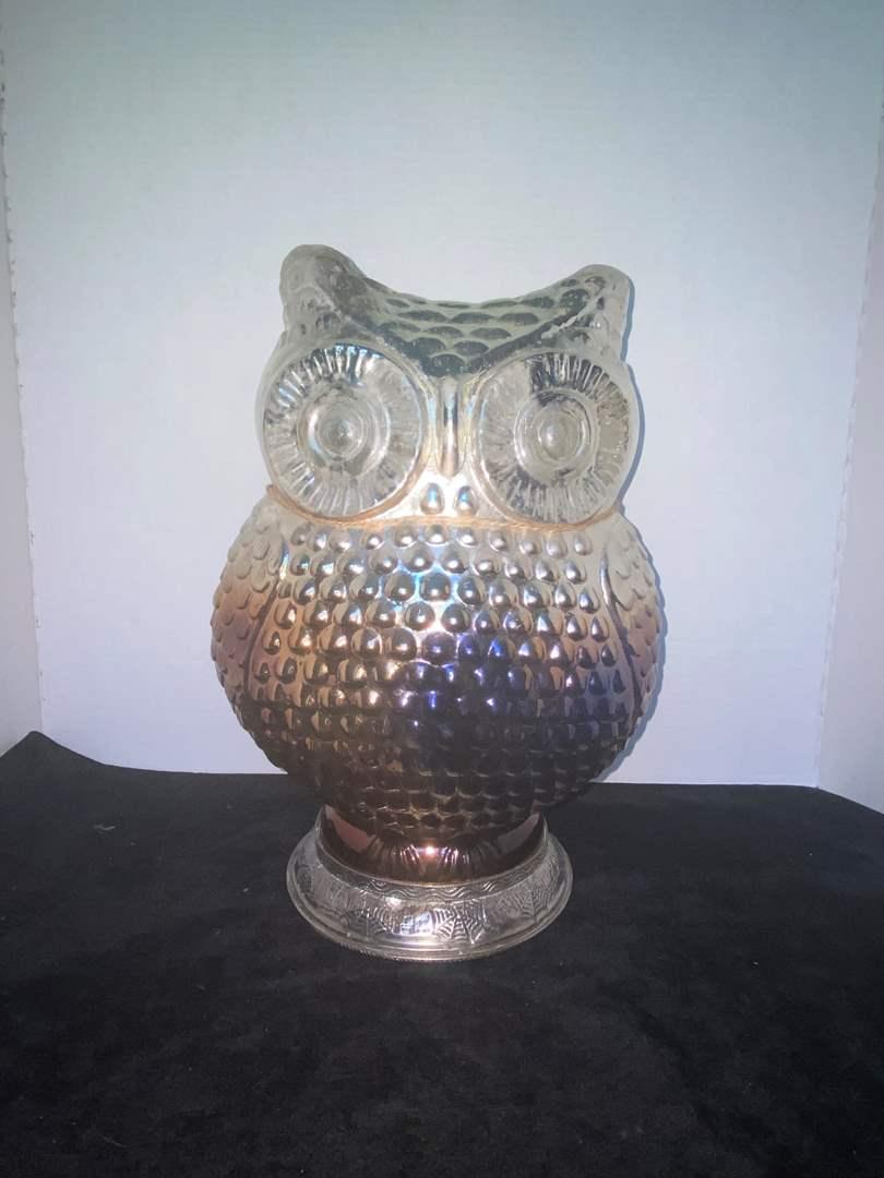 Lot # 329 Large Owl Decor Piece