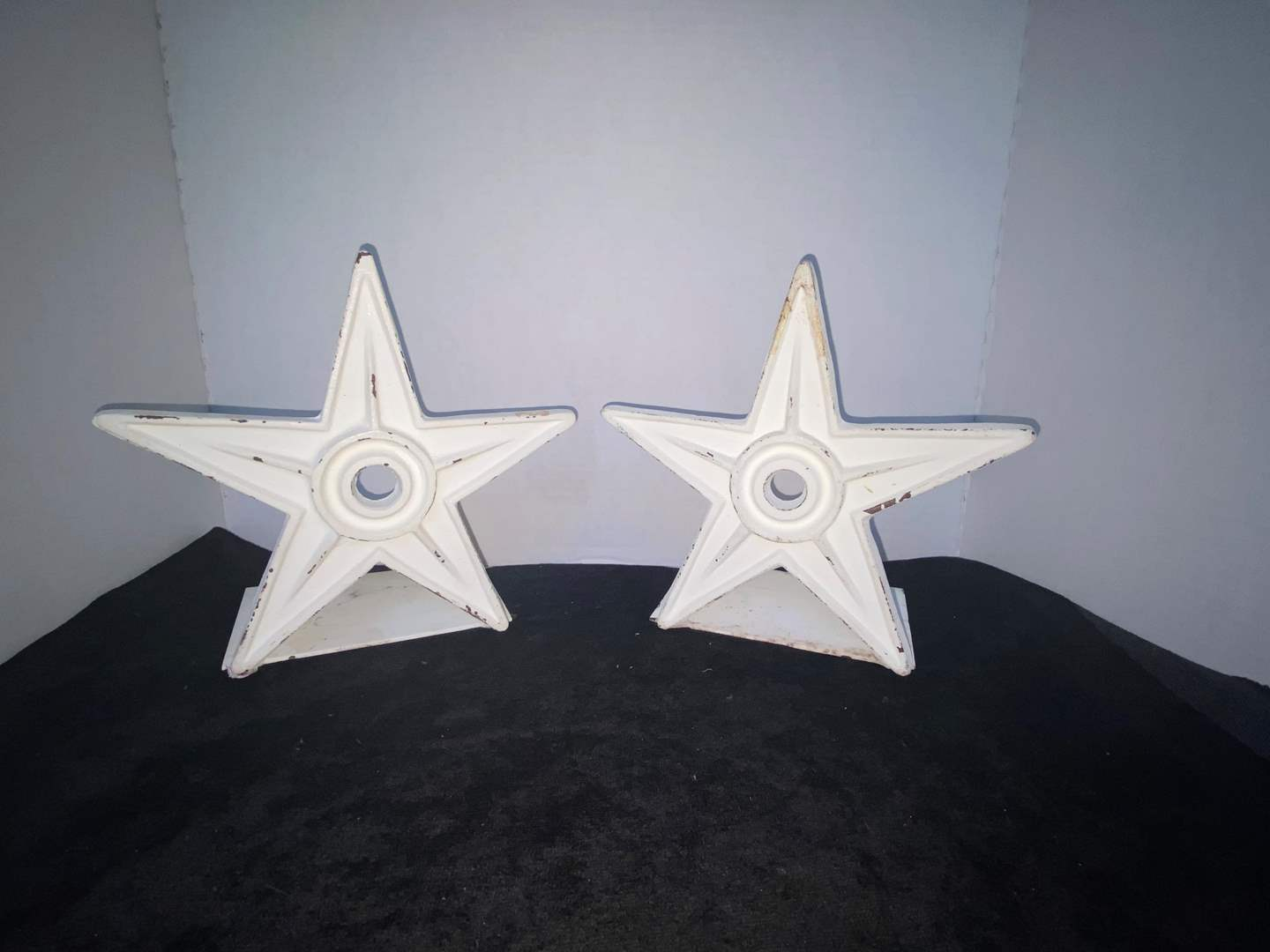 Lot # 333 Set of Metal Star Bookends