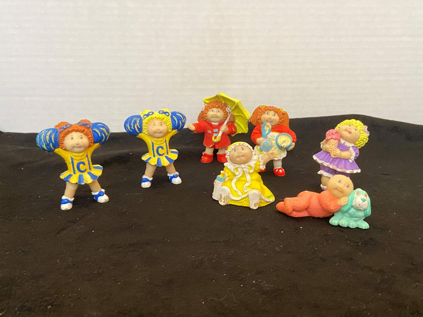Lot # 388 Vtg Cabbage Patch Figurines