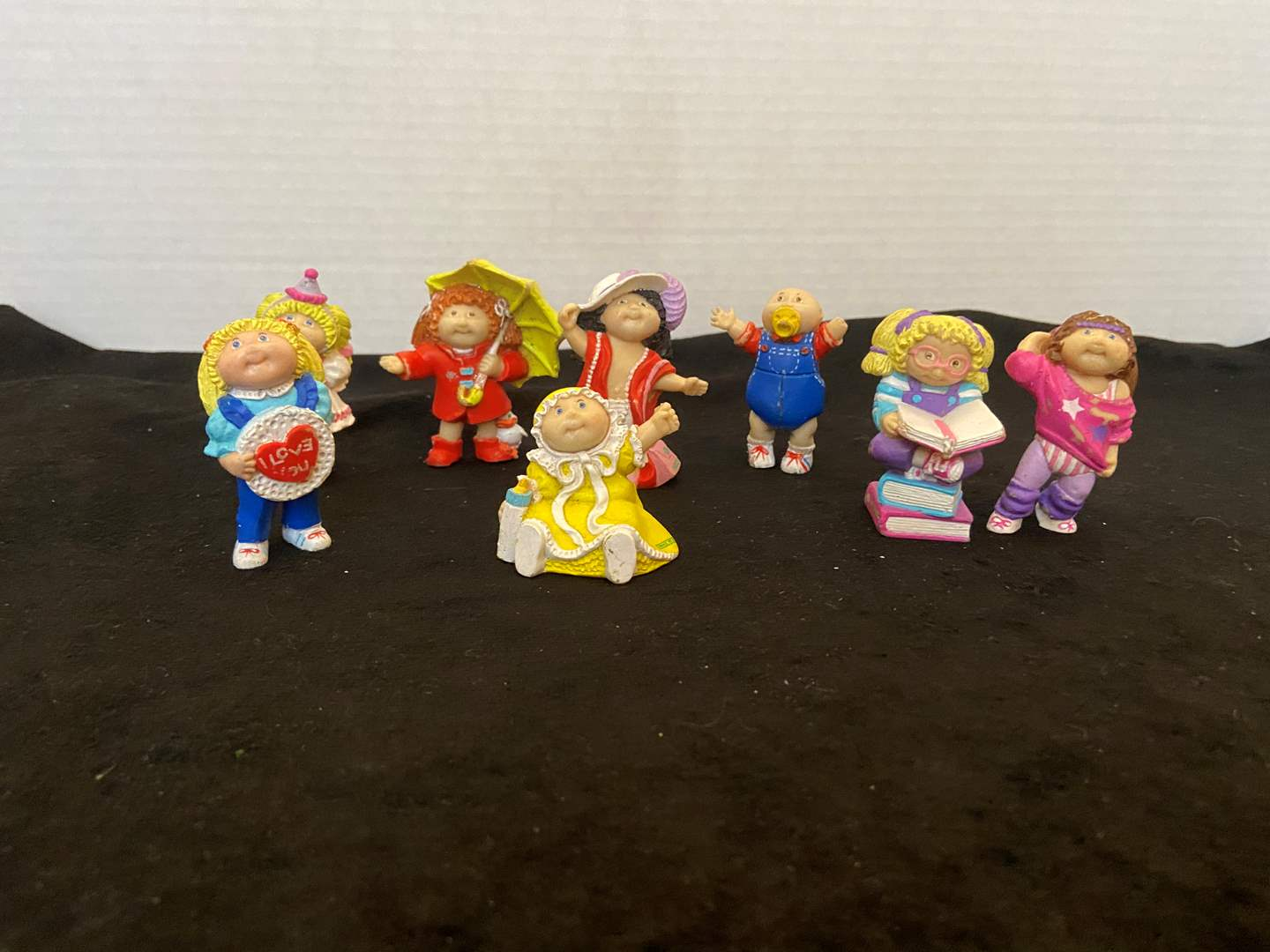 Lot # 389 Vtg Cabbage Patch Figurines