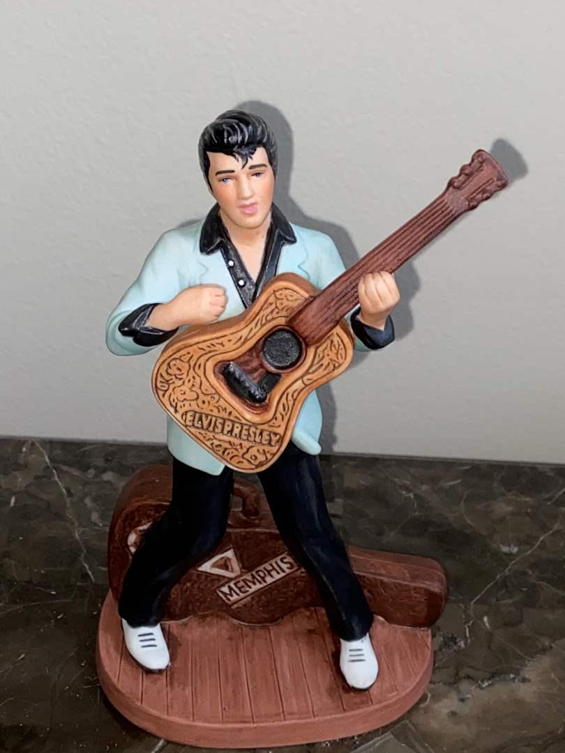 Lot # 409 Avon Elvis Presley Porcelain Statue 1987 Elvis Presley Enterprises Inc & Pick
