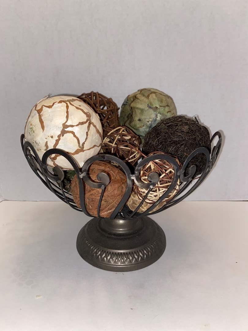 Lot # 430 Decorative basket w/ decor