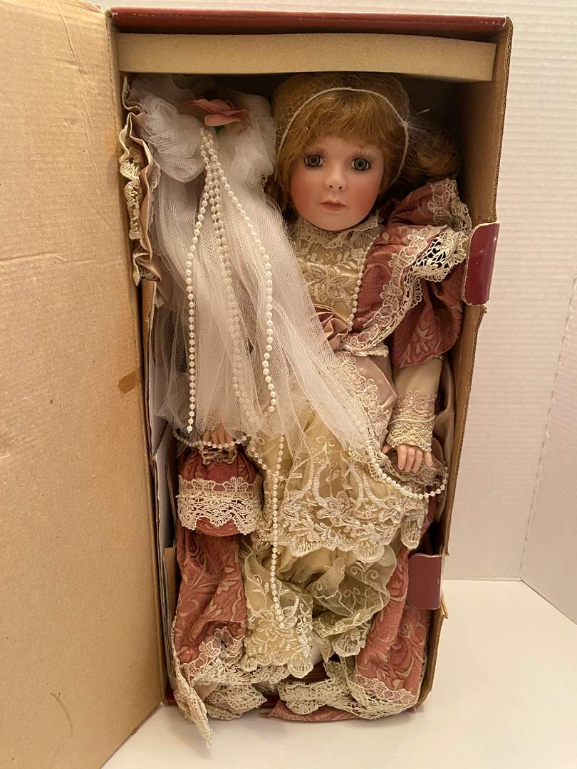 """Lot # 438 Treasured Heirloom Collection """"Emily Rose"""""""